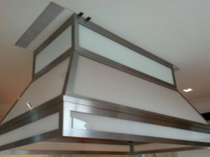 laminate-glass-hood